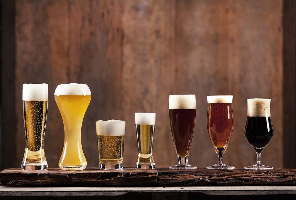 A Oxford Crystal tem uma linha exclusiva de copos e taças de cerveja, confira clicando na imagem.