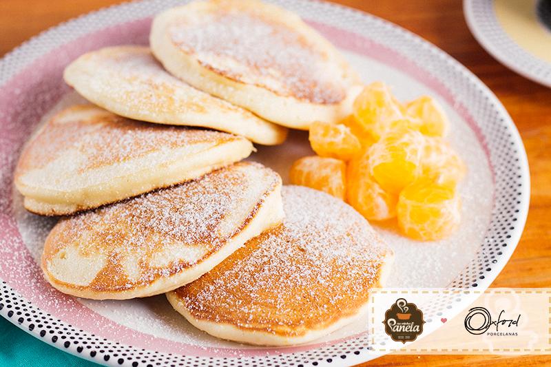 Imagem: Sirva a panqueca fofinha de tangerina com frutas, geleias ou mel. Receita do blog Na Minha Panela.