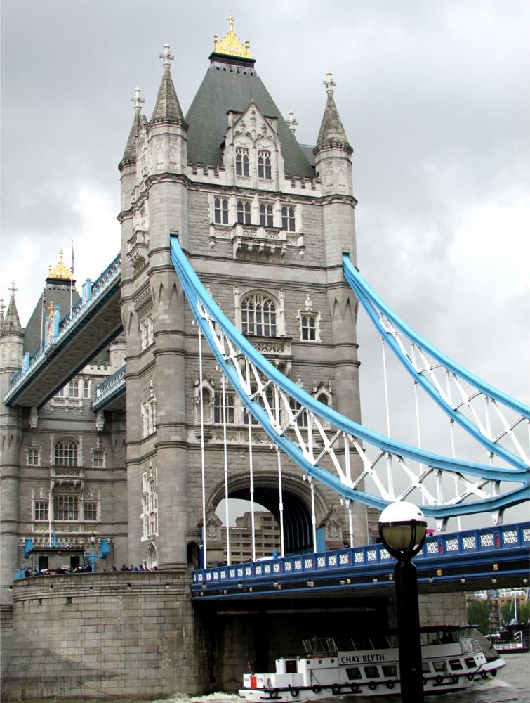 Detalhes arquitetônicos da Tower Bridge. Foto: Equipe Oxford.
