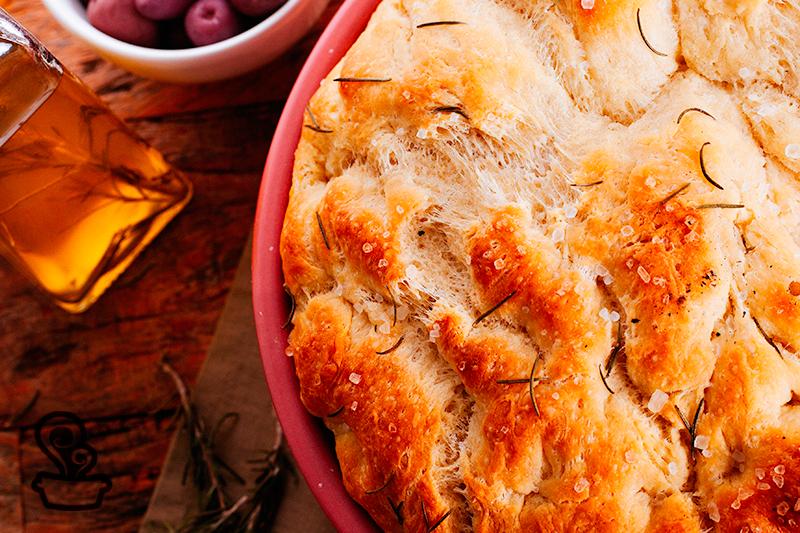 Pão rústico com alecrim