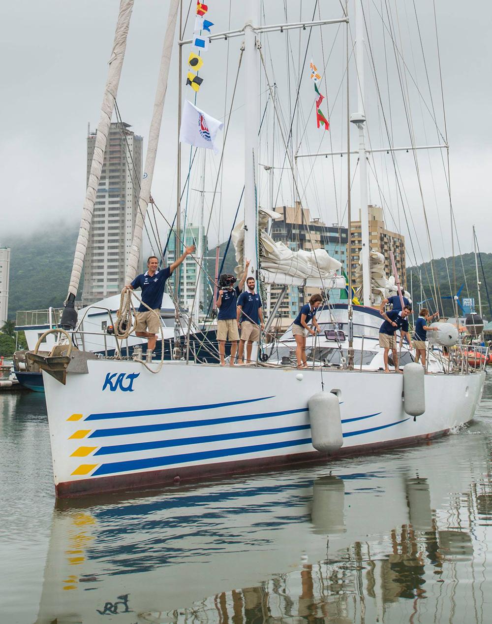 A expedição Oriente aconteceu a bordo do veleiro Kat. Foto: Divulgação/Alexandre Zelinski.