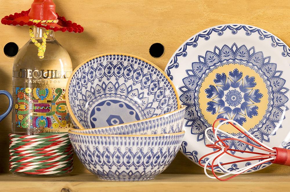 A tigela Full La Carreta pode ser combinada com o Floreal La Carreta (http://www.oxfordporcelanas.com.br/la%20carreta?&utmi_p=_tigela+full&utmi_pc=BuscaFullText&utmi_cp=la%20carreta).