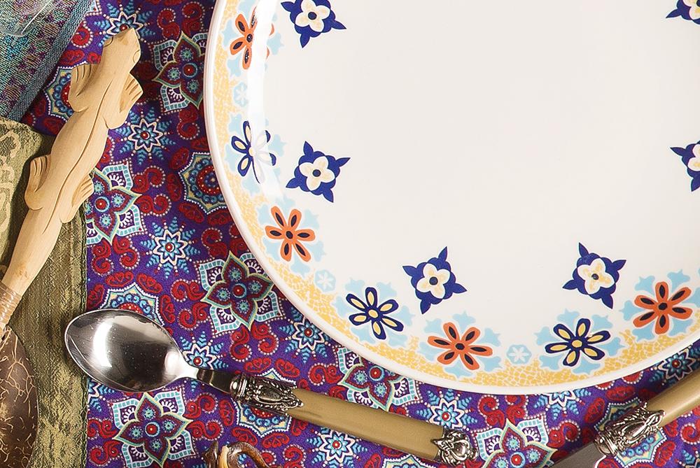 Imagem: Mosaicos indianos foram a inspiração para a estética dessa louça!