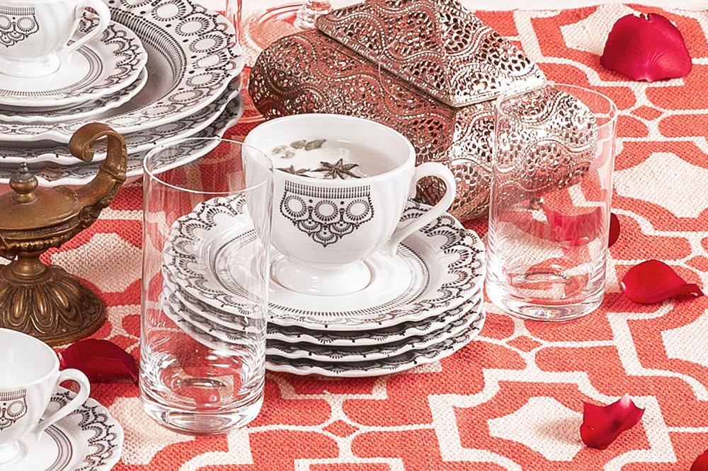 Imagem: Xícara de chá da coleção Soleil Henna.