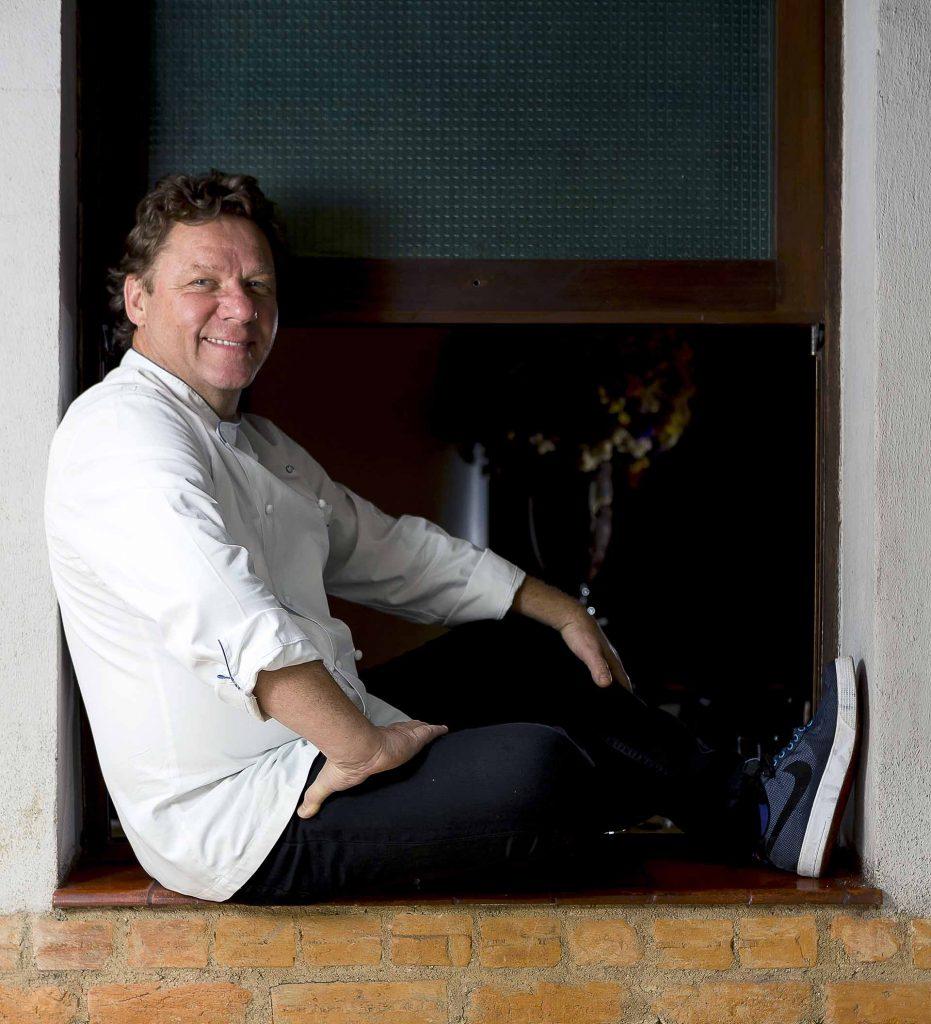 Imagem: Claude conta que no restaurante Olympe ele e o filho Thomas fazem uma cozinha autoral. Foto: Bruno Ryfer.