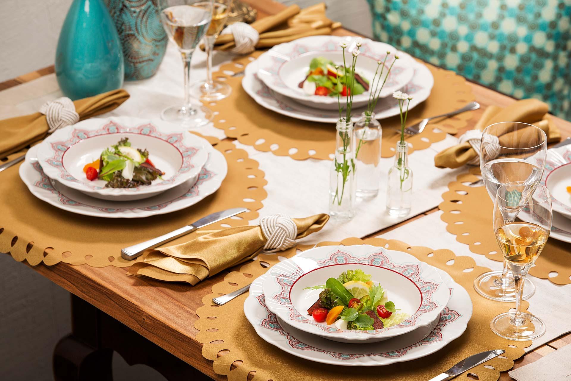 Imagem: Se a entrada do seu jantar completo for uma salada, calcule cerca de 150 gramas por convidado.