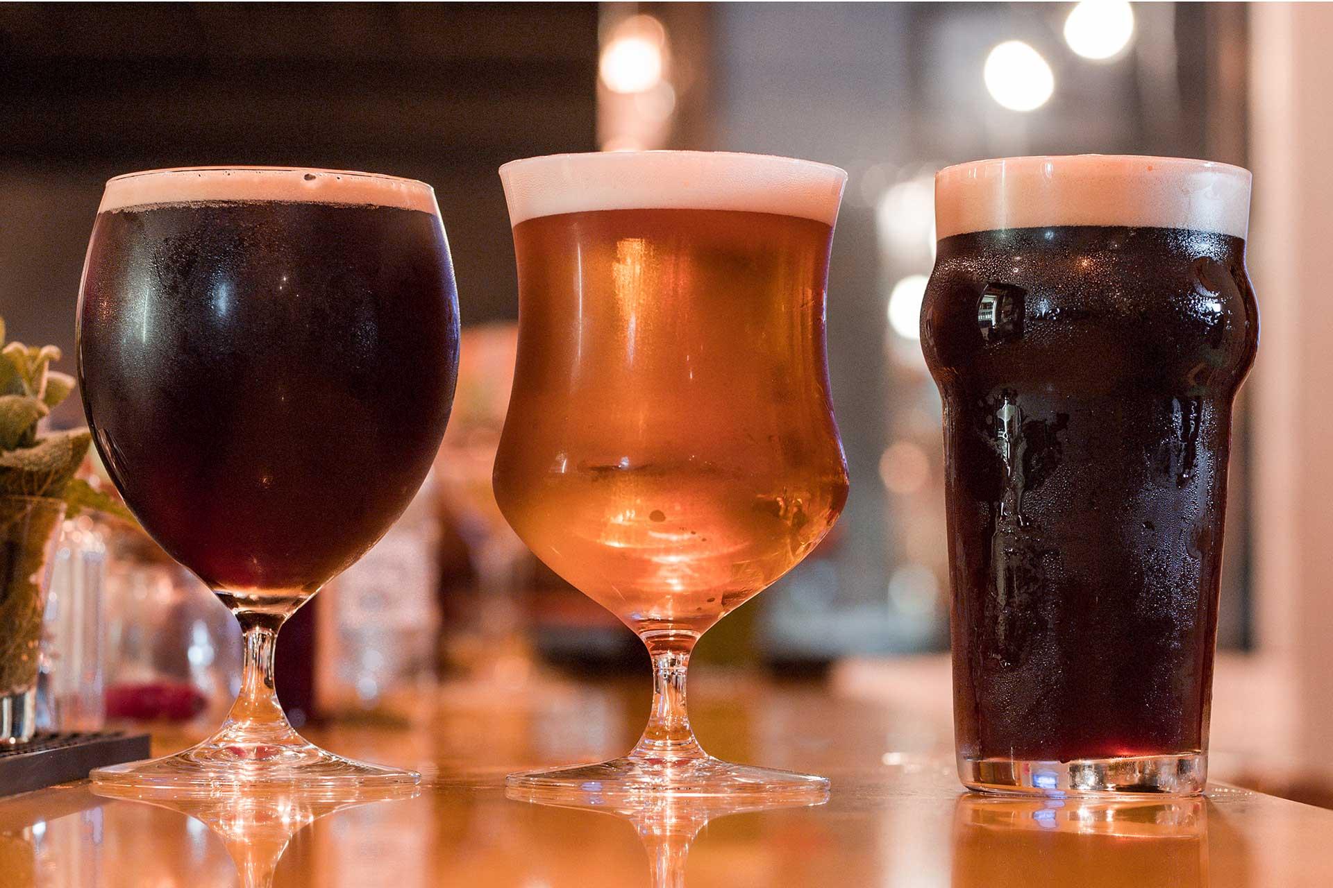 Imagem: Agora que você já tem as melhores dicas para gelar bebidas, é só aproveitar! Foto: Renan Munhoz.