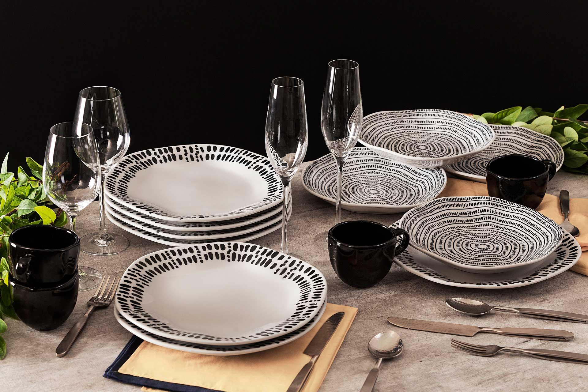 Imagem: O modelo Ryo é um lançamento da linha Oxford Porcelanas. As peças possuem formato orgânico, inspiradas na filosofia japonesa que busca a beleza no que é imperfeito e impermanente.
