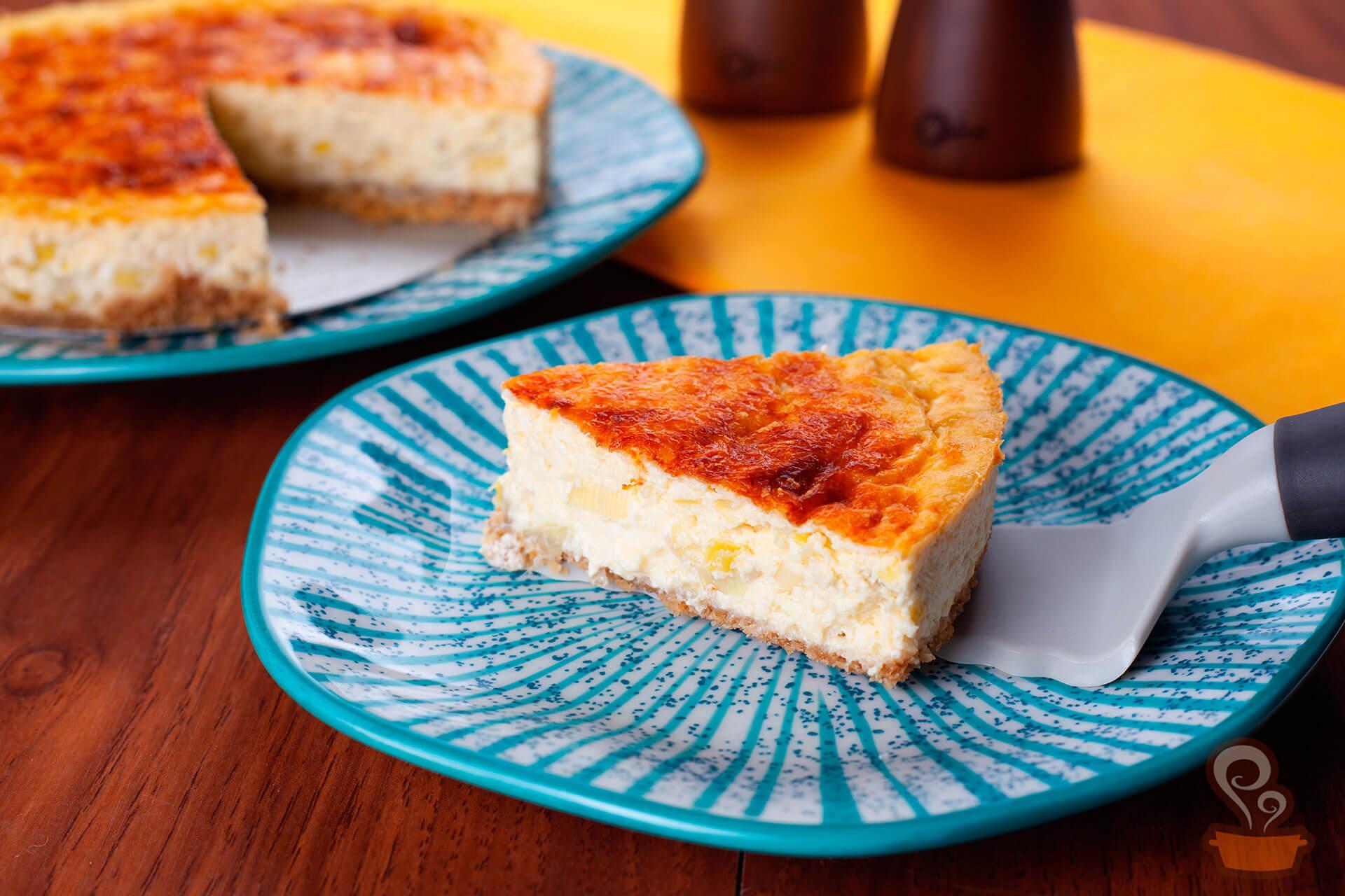 Imagem: Cheesecake salgado de queijos: uma receita deliciosamente fácil de fazer. Foto: Na Minha Panela