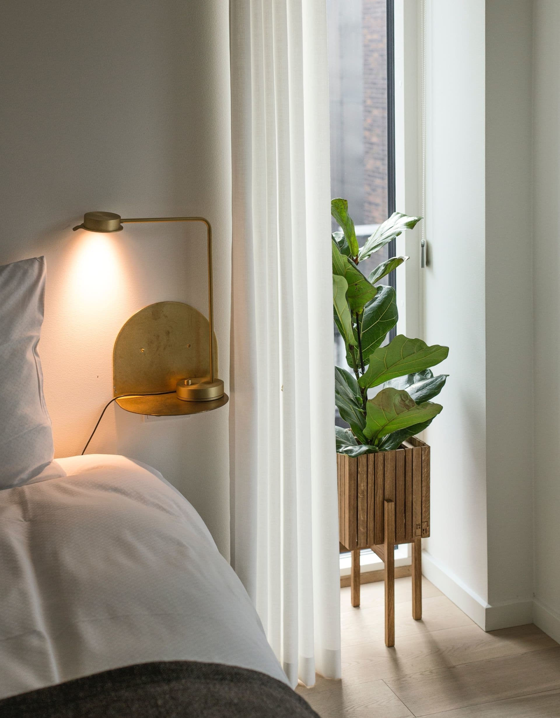 Aposte em um abajur para ter uma mudança rápida, mas de grande impacto no ambiente, para uma casa aconchegante.