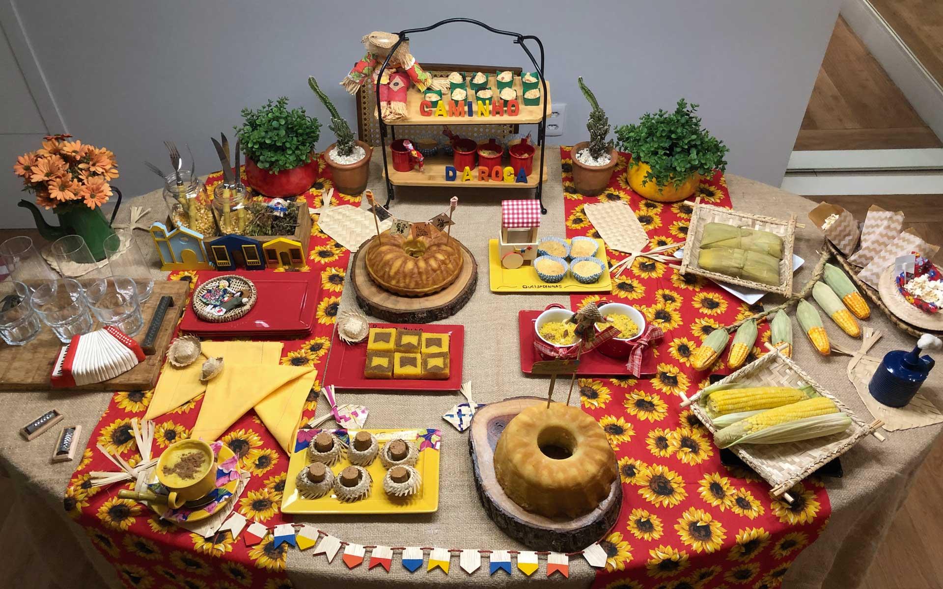Texto: Ideias para mesas de festas juninas desenvolvidas pelo perfil @beluquices. Foto: Isabela Azevedo.
