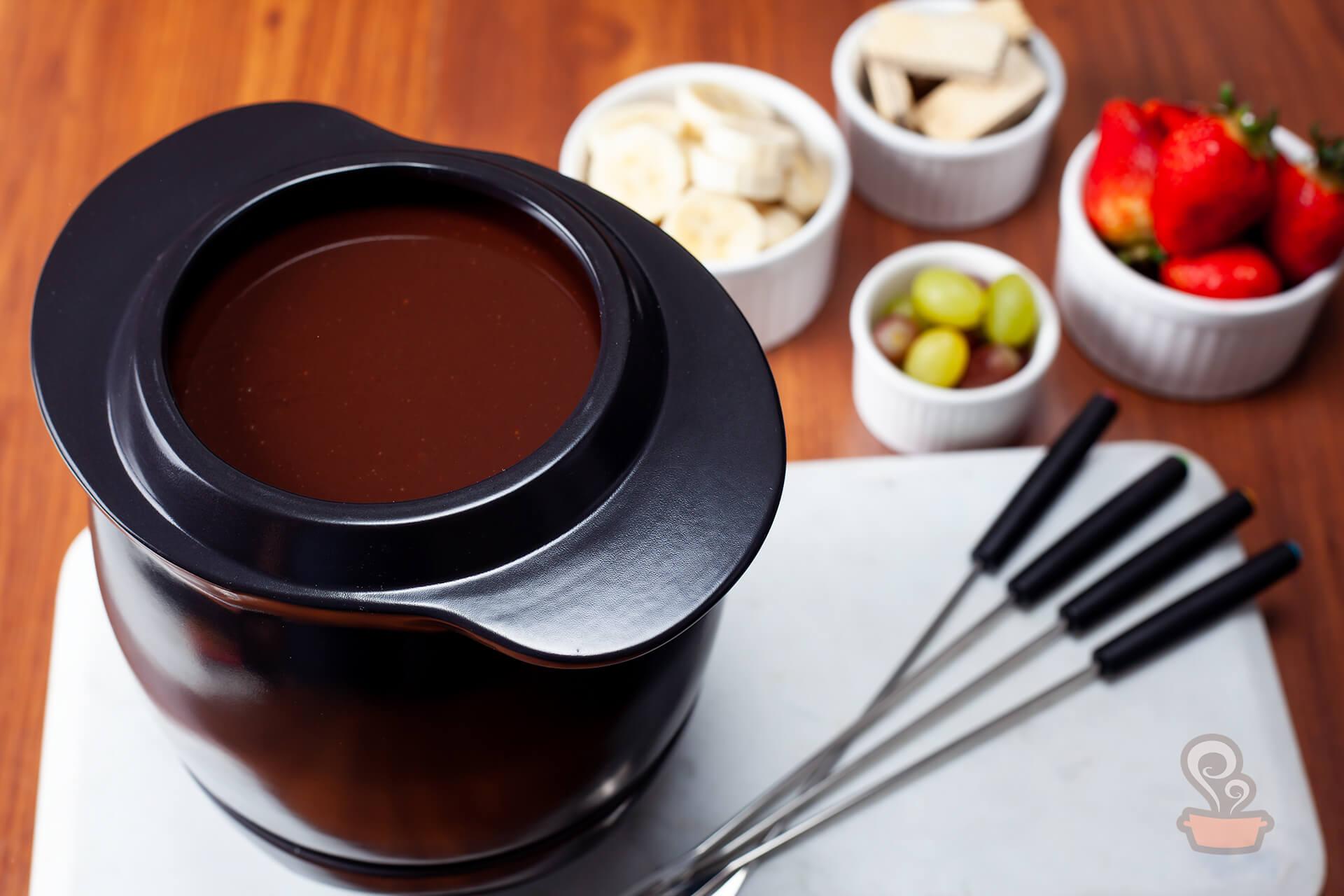 fondue de chocolate perfeito - foto: naminhapanela.com